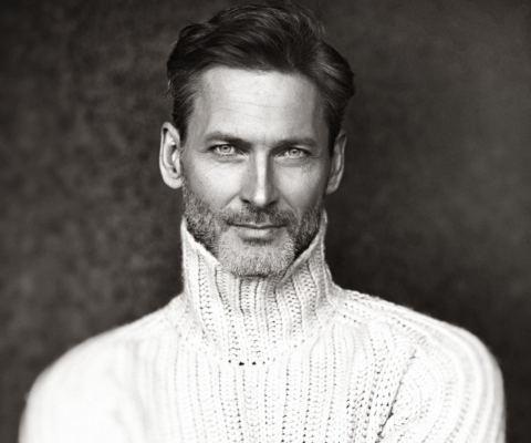 Dirk W.