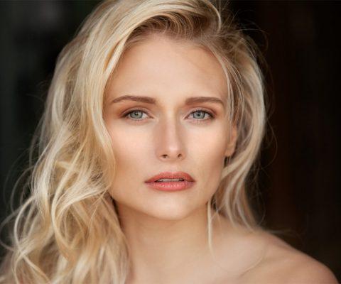 Jenny Lauren S.